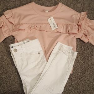 NWT 2T White Jeans with Pale Pink Top